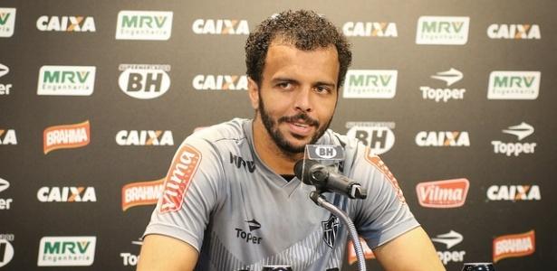 Goleiro reconheceu erro que culminou no gol cruzeirense no primeiro minuto de jogo