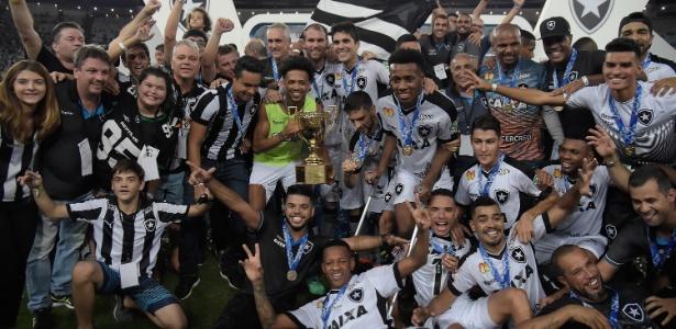 Atual campeão carioca, Botafogo estreia contra a Cabofriense, em Macaé, no domingo - Thiago Ribeiro/AGIF