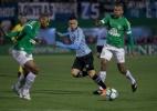 Após ano difícil, zagueiro Douglas quer reação da Chapecoense em 2019 - Liamara Polli/AGIF