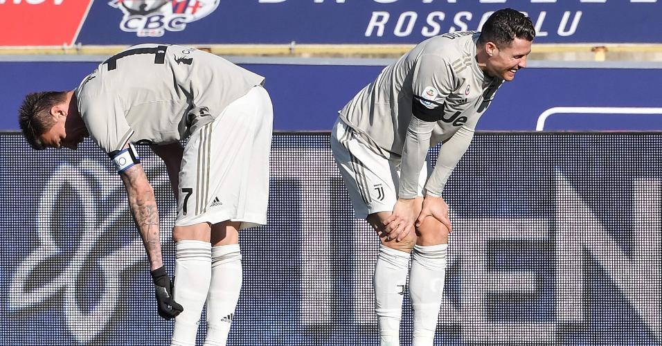 Cristiano Ronaldo e Mandzukic lamenta lance no jogo da Juventus