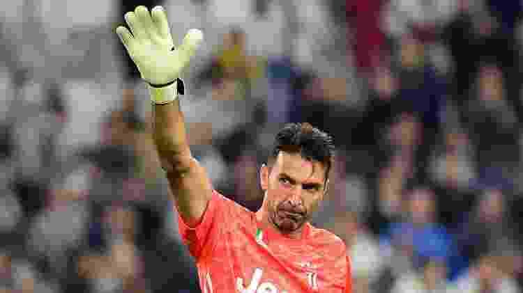 """Em 2010, Buffon teve que se desculpar publicamente e disse que falou """"zio"""", não """"Dio"""" - Massimo Pinca/Reuters"""