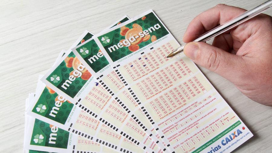 Mega-Sena 2368: a faixa principal da loteria pode pagar mais de R$ 37 milhões hoje (4) - Fernanda Luz/AGIF