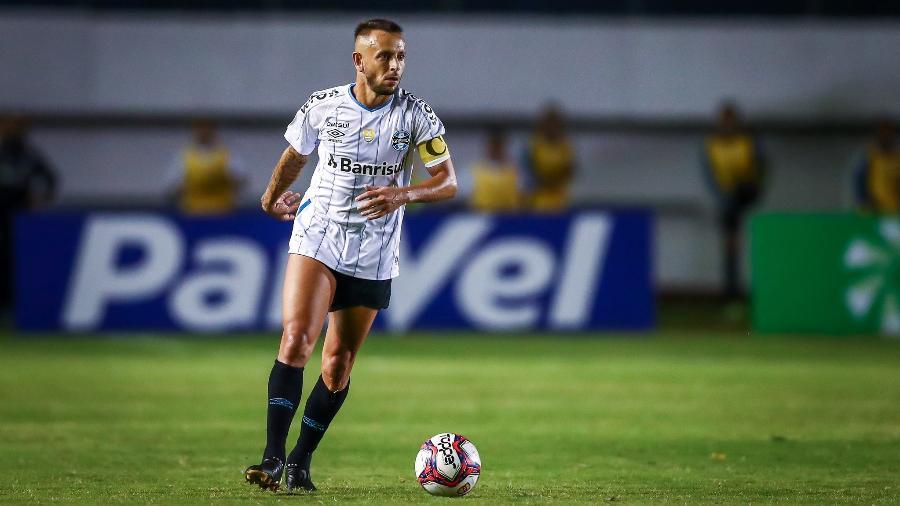 Rafinha estreia pelo Grêmio como capitão, contra o Caxias - Lucas Uebel/Grêmio