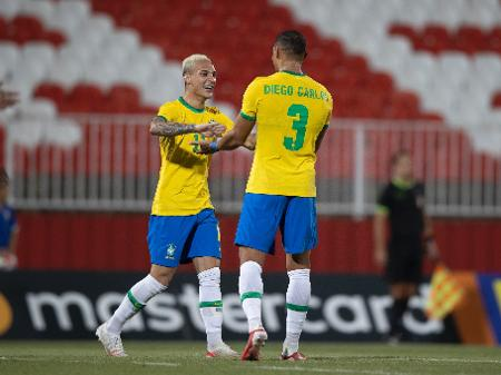 Brasil Passa Susto Mas Goleia Emirados No Ultimo Jogo Antes Das Olimpiadas 15 07 2021 Uol Olimpiadas