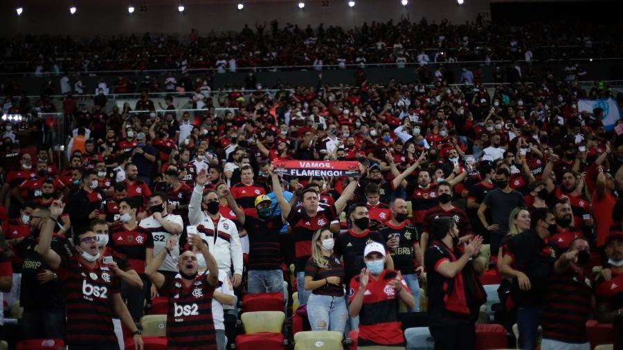 Torcida do Flamengo na arquibancada do Maracanã, em duelo com o Barcelona de Guayaquil, pela Libertadores - Gilvan de Souza/Flamengo