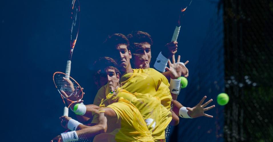 O tenista brasileiro Orlando Luz em sua estreia no Pan de Toronto