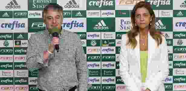 Paulo Nobre, presidente do Palmeiras, e Leila Pereira, dono da Crefisa e da FAM, na divulgação da nova camisa - Cesar Greco/Ag Palmeiras - Cesar Greco/Ag Palmeiras