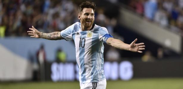 Atacante anunciou que ia abandonar a seleção após a vice na Copa América Centenário