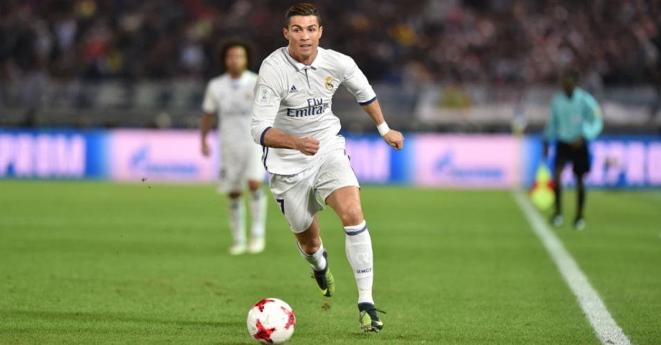 Cristiano Ronaldo corre em Kashima Antlers x Real Madrid