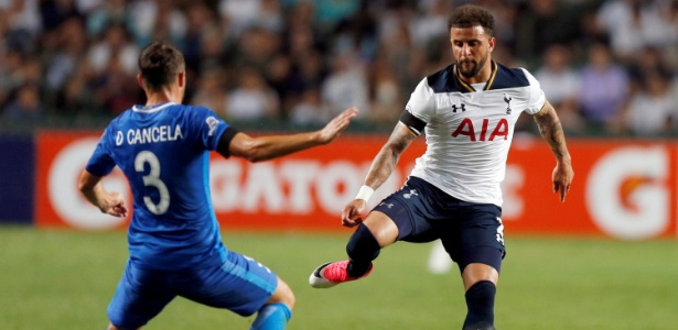 Kyle Walker é destaque do Tottenham