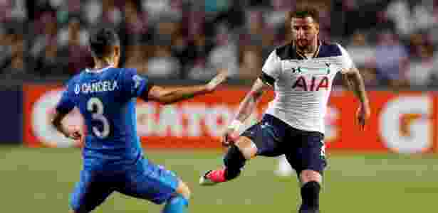 Kyle Walker é destaque do Tottenham - BOBBY YIP/REUTERS