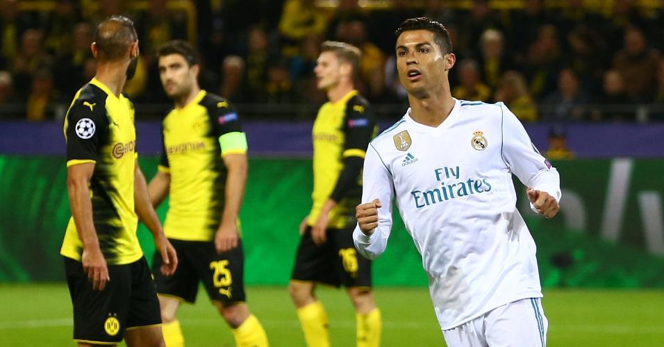 Cristiano Ronaldo comemora gol de Bale pelo Real contra o Borussia Dortmund