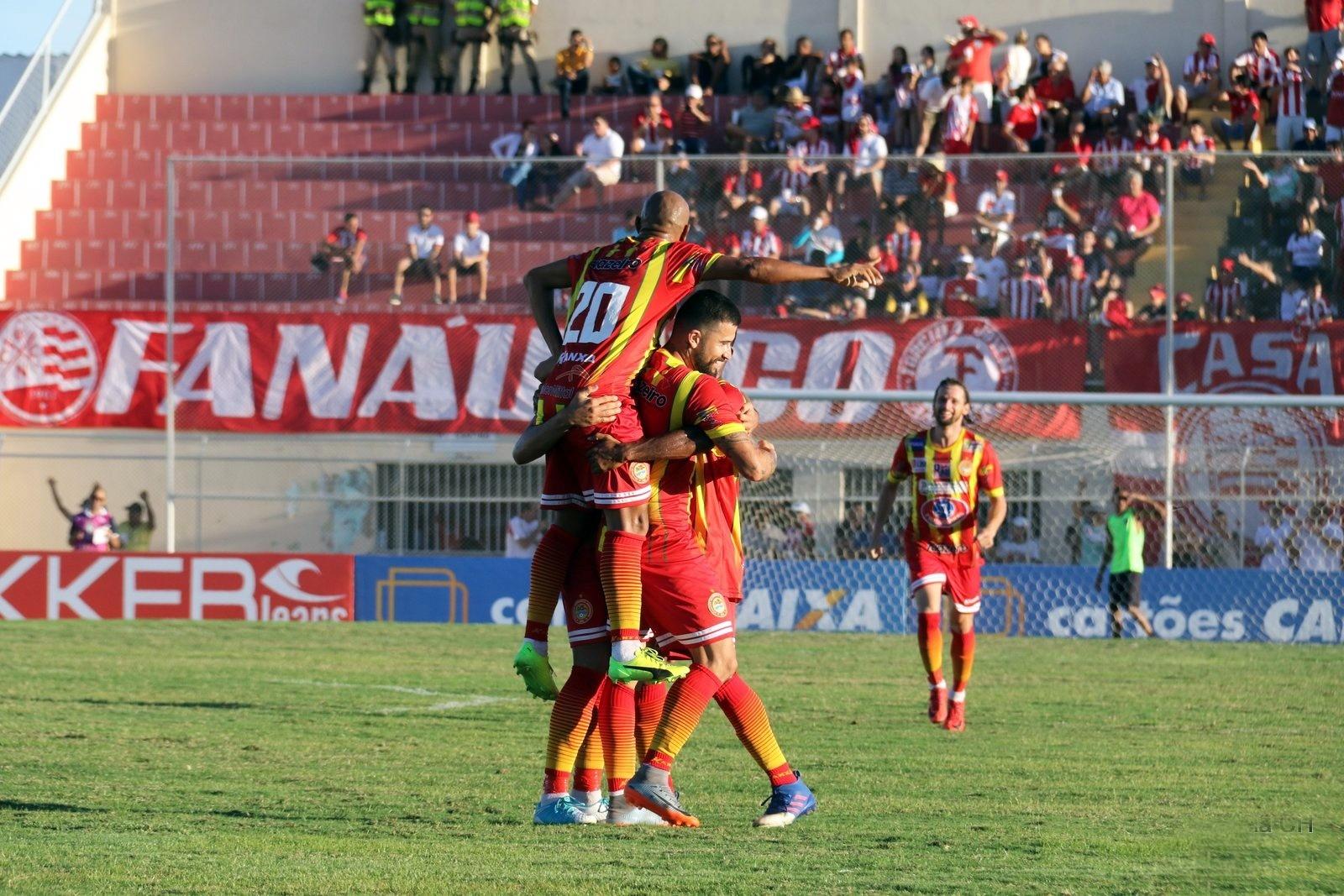 Juazeirense comemora gol diante do Náutico na Série C do Campeonato Brasileiro 2018