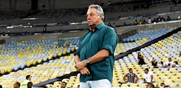 Abel Braga foi procurado pelo América-MG depois de pedir demissão no Fluminense