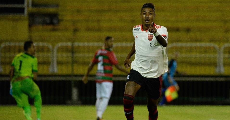 188e9f2103737 Bruno Henrique comemora primeiro gol do Flamengo contra a Portuguesa-RJ