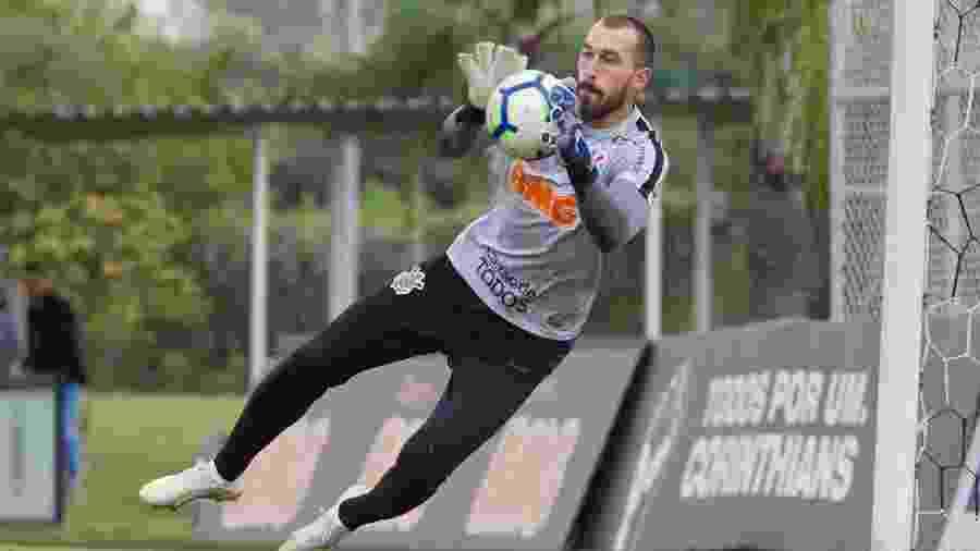 Goleiro Walter em ação durante treinamento do Corinthians no CT Joaquim Grava - Daniel Augusto Jr/Ag. Corinthians