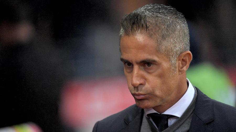 Sylvinho foi demitido do comando técnico do Lyon - LOIC VENANCE / AFP