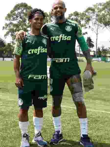 Felipe Melo e Linyker, seu filho e atleta do sub-17 do Palmeiras - Fabio Menotti