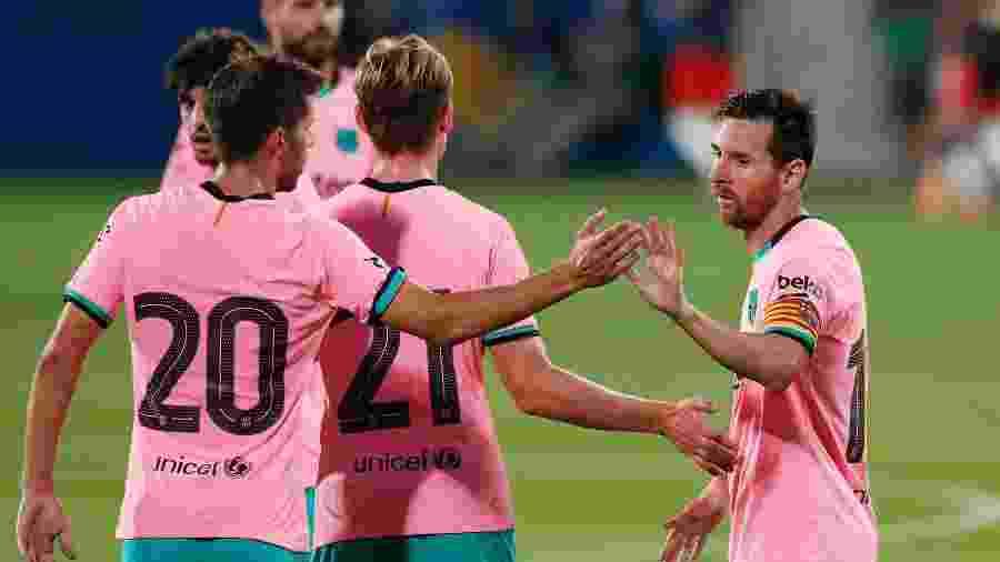 Lionel Messi comemora gol do Barcelona em amistoso contra o Girona - REUTERS/Albert Gea