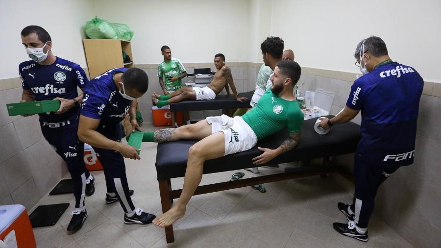 Jogadores do Palmeiras durante preparação para enfrentar o Libertad  - Cesar Greco