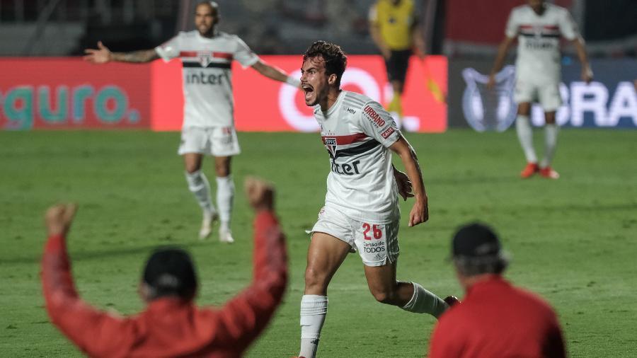 Igor Gomes celebra gol pelo São Paulo contra o Atlético-MG - Marcello Zambrana/AGIF