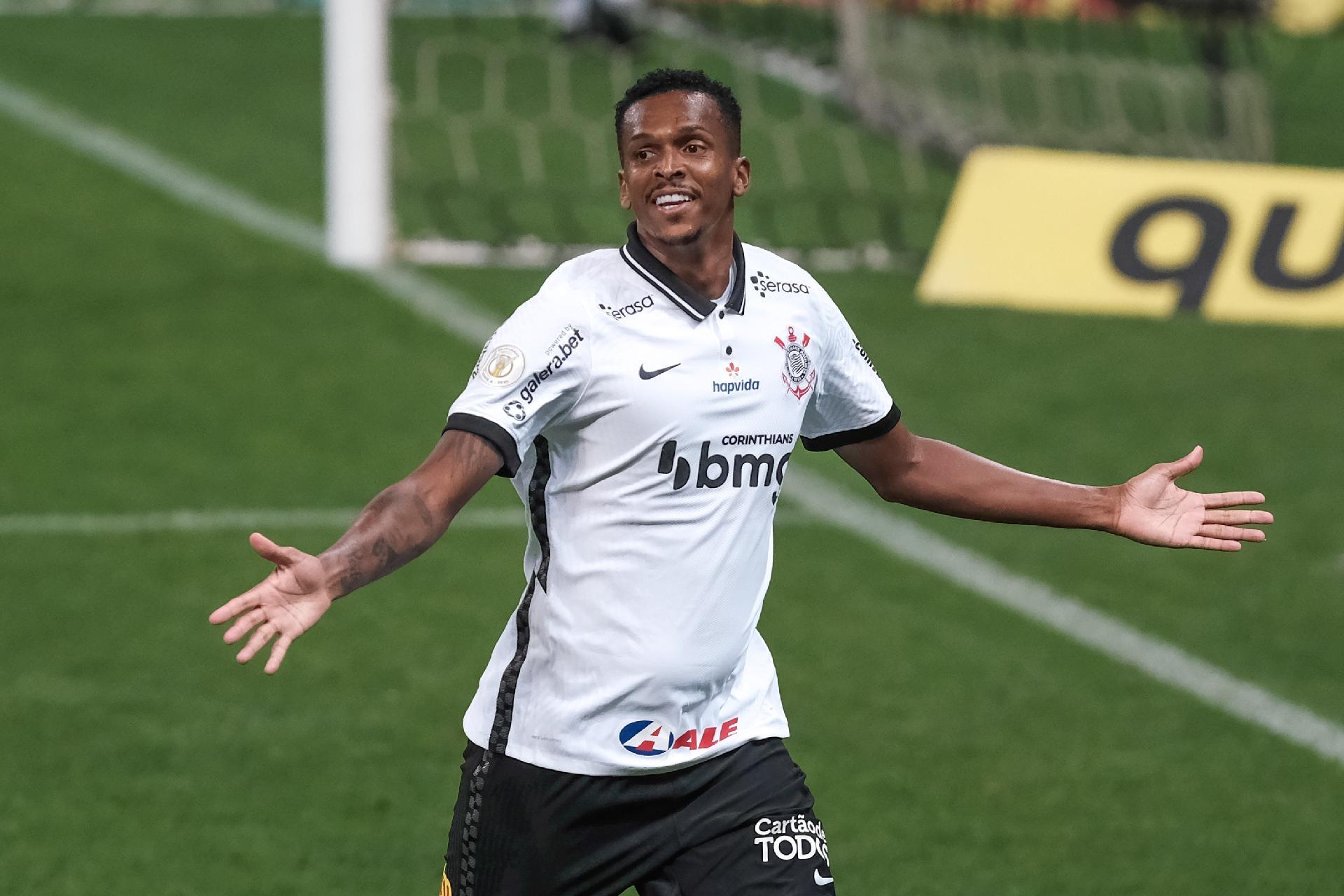 Após resposta da Fifa, Corinthians prepara recurso contra condenação por contratação de Jô