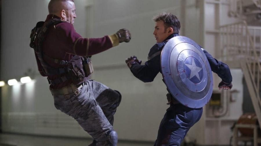 Georges St-Pierre como Batroc enfrentando o Capitão América - Reprodução/Marvel