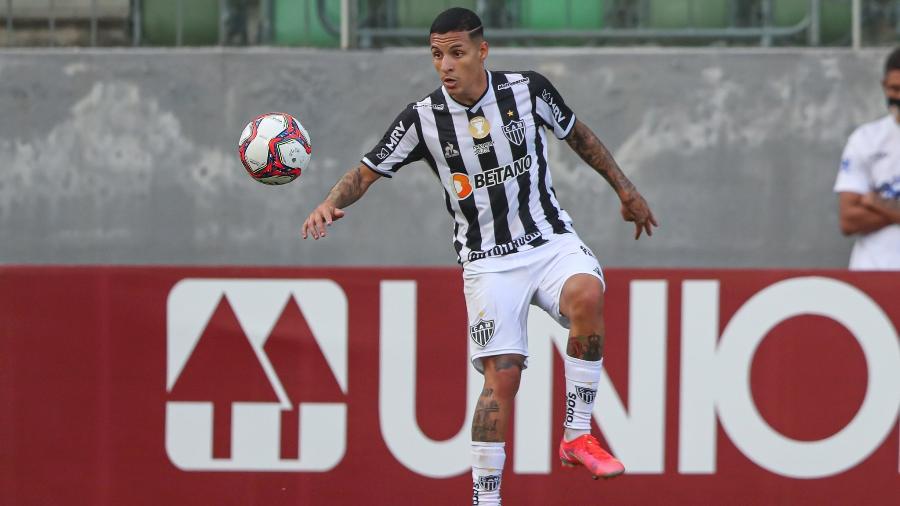Guilherme Arana reclamou do trabalho de Wanderson Alves de Souza no apito de América-MG x Atlético-MG - Pedro Souza/Atlético-MG