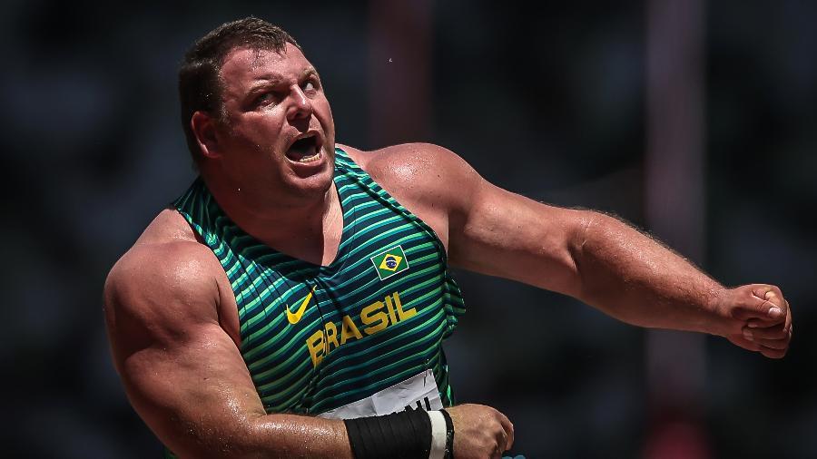 Darlan Romani durante a final do arremesso de peso no estádio olímpico de Tóquio - Jonne Roriz/Jonne Roriz/COB