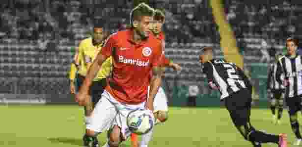 Rafael Moura está perto de assinar com o Atlético-MG para ser repassado ao Figueirense - ANDERSON PINHEIRO/AGÊNCIA O DIA/AGÊNCIA O DIA/ESTADÃO CONTEÚDO