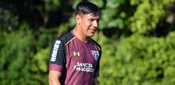Chavez recebeu a camisa 9 e treinou durante a semana no São Paulo