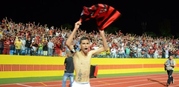 O dramático 5 a 3 permitiu ao Atlético-GO comemorar o título inédito da Série B