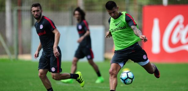 Victor Cuesta participa de treinamento do Internacional e finalmente poderá estrear