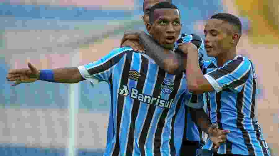 Léo Chu, meia-atacante destaque no time sub-20 do Grêmio, vai jogar o Brasileirão pelo Ceará - Divulgação/Grêmio