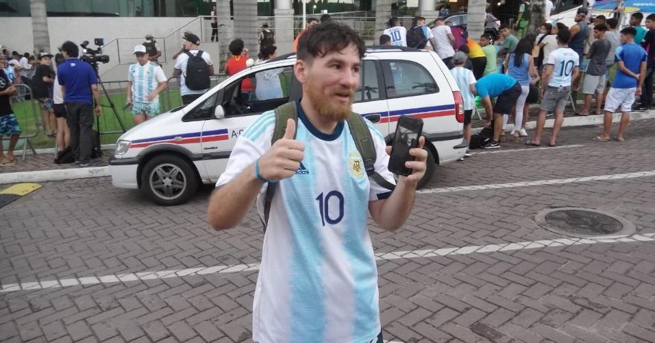 Paulo Vitor Rodrigues, sósia de Lionel Messi, vendeu moto para ir a Salvador