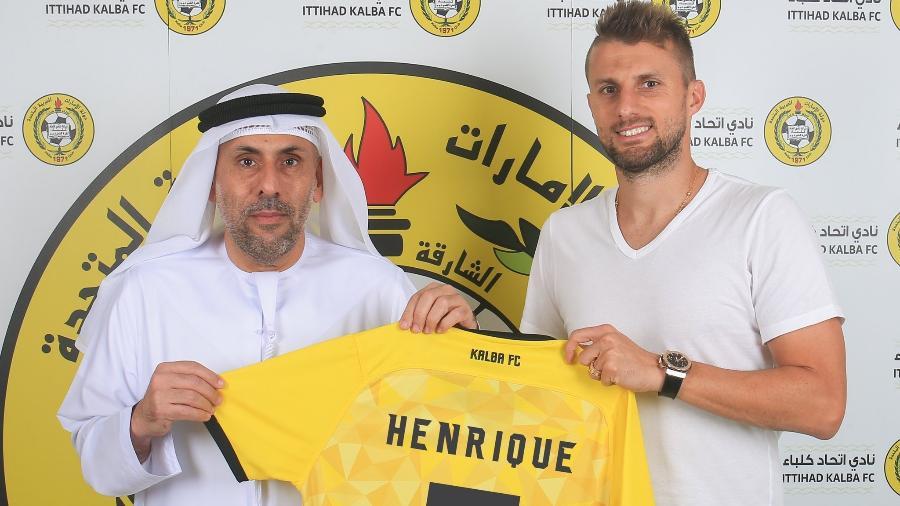 O zagueiro Henrique, ex-Corinthians, é anunciado pelo Al Ittihad Kalba, clube dos Emirados Árabes - Reprodução/Twitter