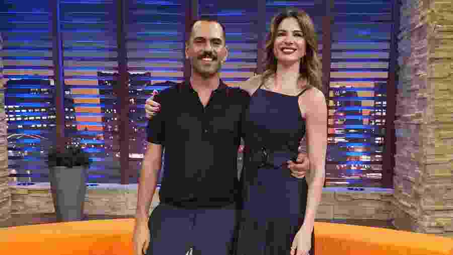 """Alexandre Mortágua, filho de Edmundo e Cristina Mortágua, concede entrevista para o """"Luciana By Night"""" - Divulgação/Rede TV!"""