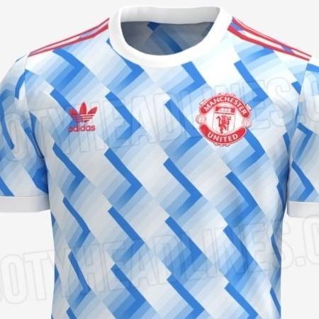 A suposta nova camisa do Manchester United - Reprodução/FootyHeadliners