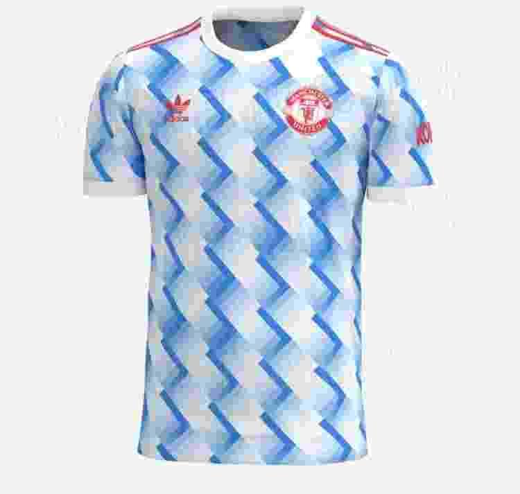 A suposta nova camisa do Manchester United - Reprodução/FootyHeadliners - Reprodução/FootyHeadliners