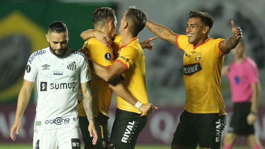 Pará, do Santos, após gol do Barcelona de Guayaquil, pela primeira rodada da Libertadores 2021 - Divulgação/Libertadores