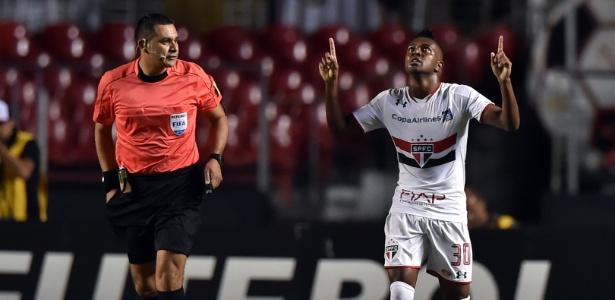Kelvin disputou 43 jogos e fez três gols pelo São Paulo em 2016 - Nelson Almeida/AFP Photo
