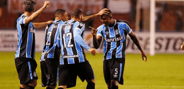 """Walace é chamado de """"Paizão"""" por colegas de Grêmio e não quer apelido de Pogba - Lucas Uebel/Grêmio"""