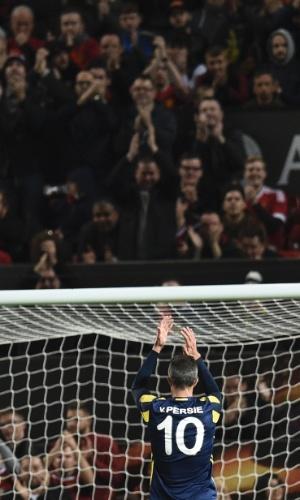 Van Persie, do Fenerbahçe, agradece o apoio da torcida de seu ex-clube, o Manchester United