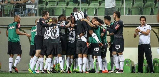Jogadores do Atlético-MG acreditam que vitória sobre o Flamengo mantém vivo o sonho do título