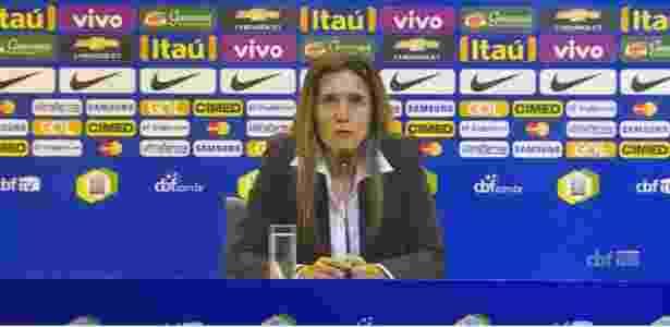 Emily Lima em coletiva na CBF; treinadora foi demitida da seleção brasileira - Reprodução/CBF