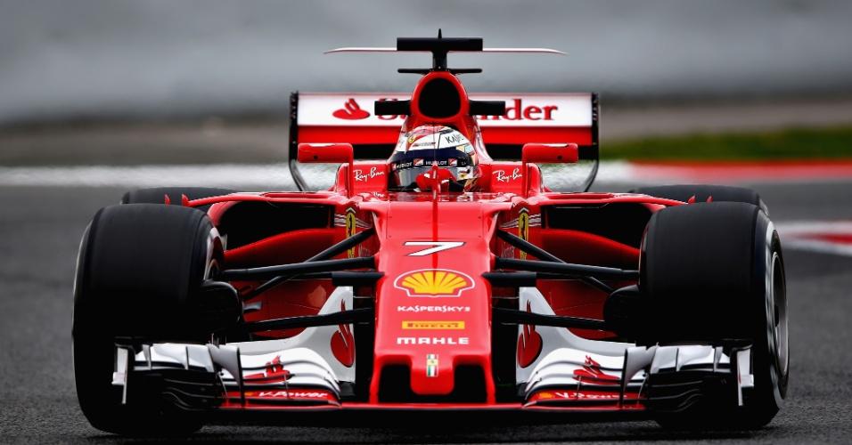 Kimi Raikkonen faz sua estreia no teste coletivo pela Ferrari