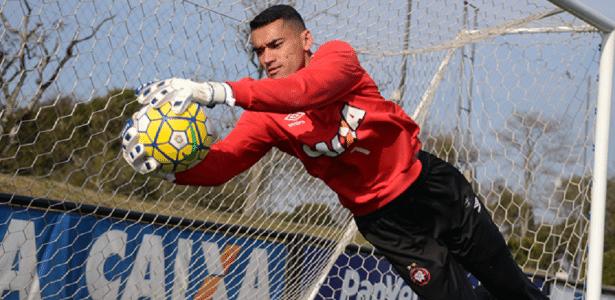 Santos renovou contrato até outubro de 2020