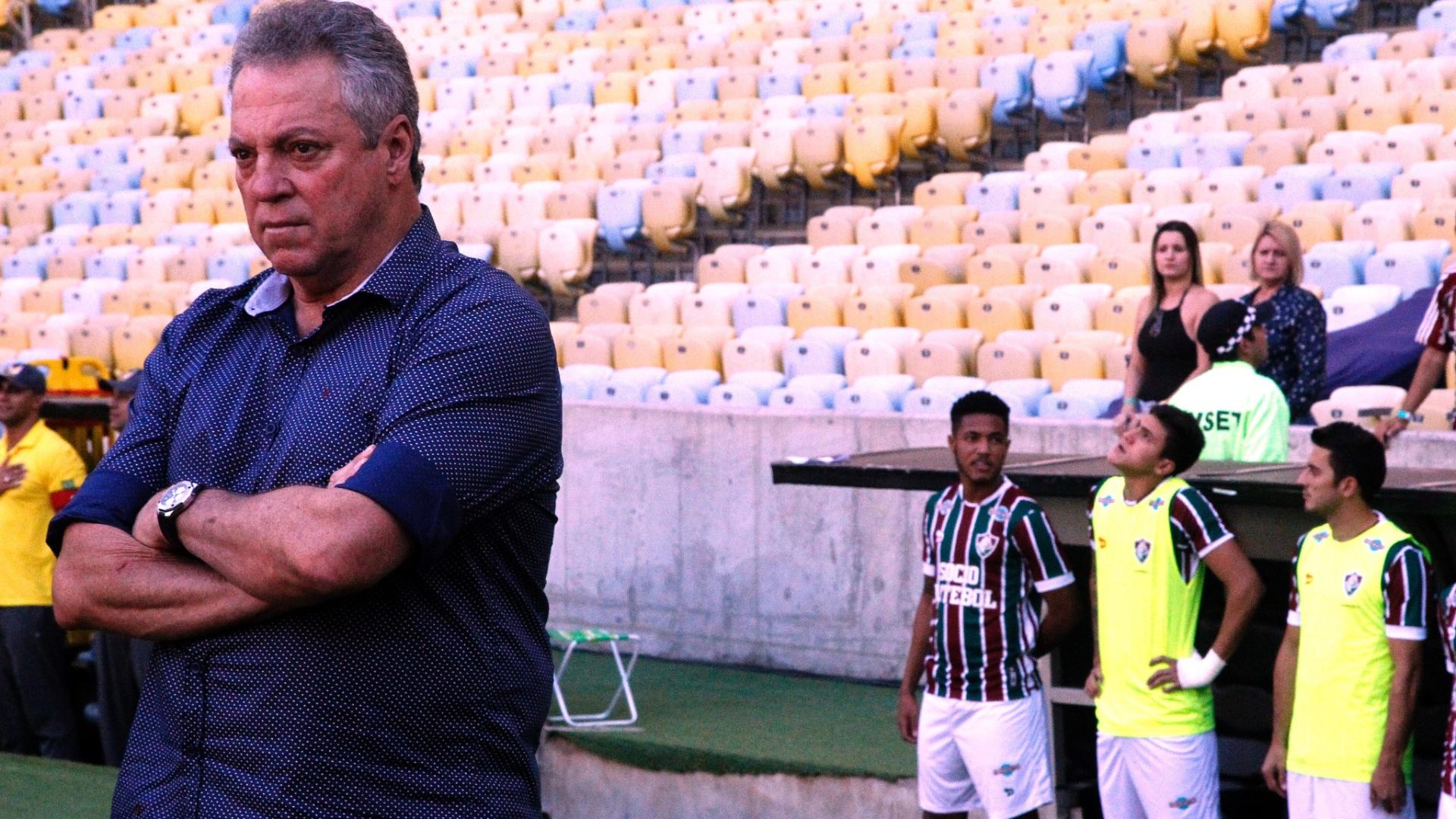 Abel Braga observa clássico entre Fluminense e Flamengo pelo Campeonato Brasileiro 2017