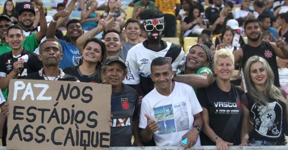 Torcedores do Vasco pedem paz nos estádios antes do clássico contra o Botafogo