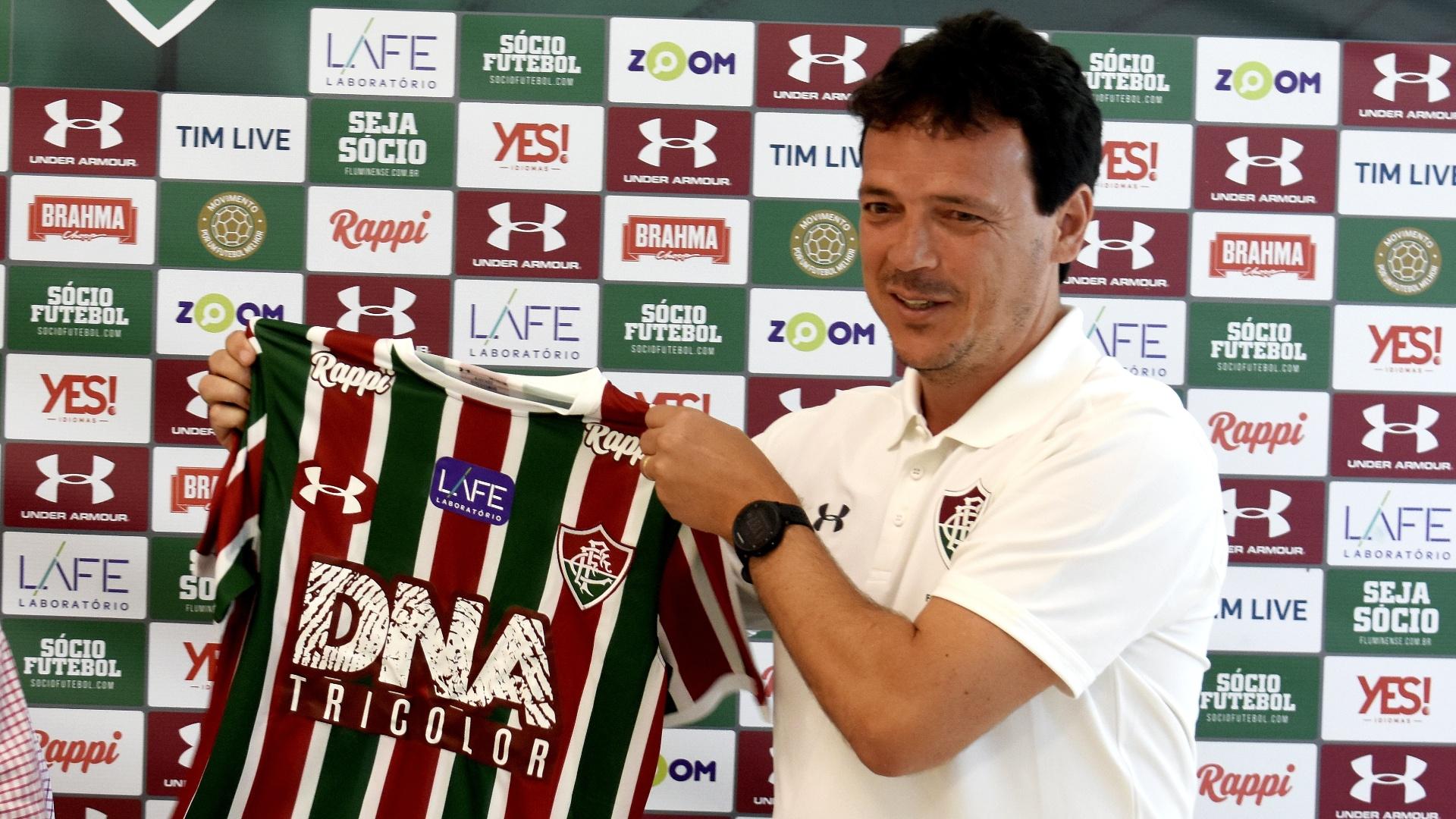 Flu recebe Coritiba e testa evolução pós-Copa com Maracanã cheio ... a57baa2999070